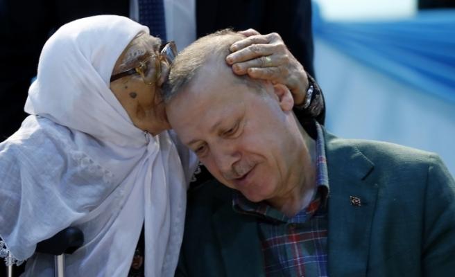 Erdoğan'a Diyarbakır'da sevgi seli