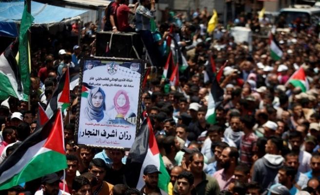 İsrail askerinin şehit ettiği Rezzan'ı binler uğurladı