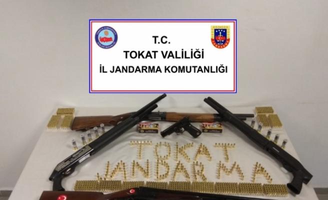 Silah kaçakçılarına yönelik operasyonda 13 gözaltı