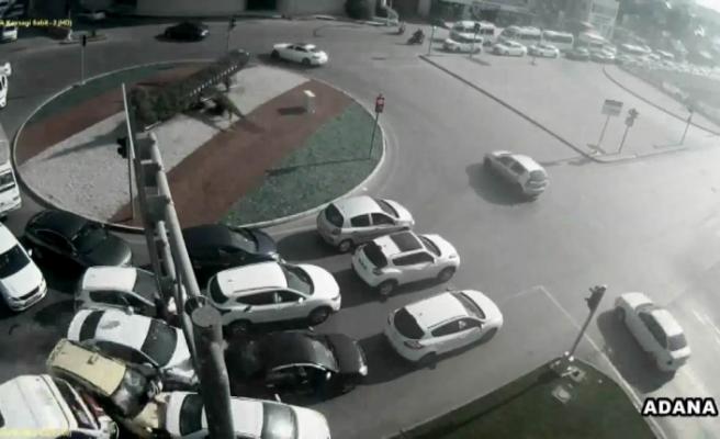 16 kişinin yaralandığı zincirleme kaza kamerada