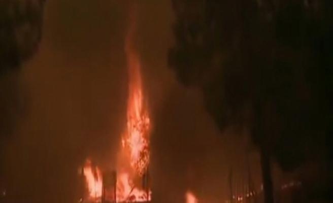 Atina'daki orman yangını kontrol altına alınamıyor