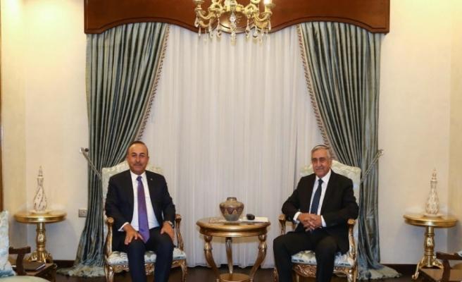 Çavuşoğlu, KKTC Cumhurbaşkanı Akıncı ile görüştü