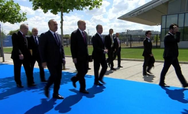 Cumhurbaşkanı Erdoğan NATO karargahında