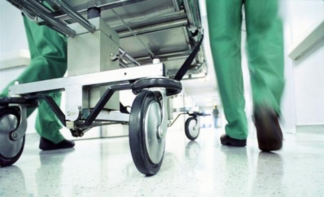 Doktor usulsüz ameliyat yapmaktan tutuklandı