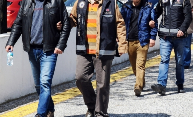 Eskişehir merkezli FETÖ operasyonu: 11 gözaltı