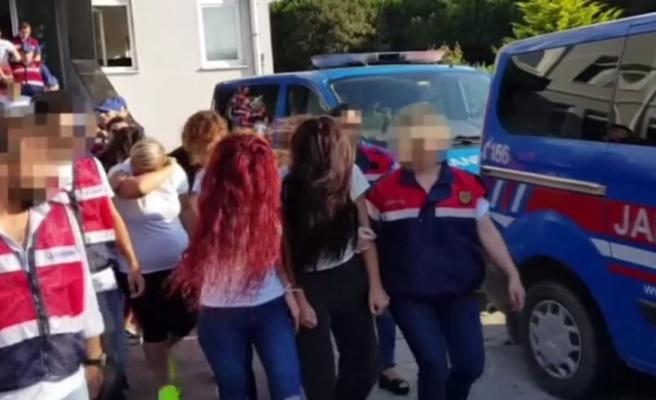 Banka müşterilerini dolandıran çete çökertildi: 39 gözaltı