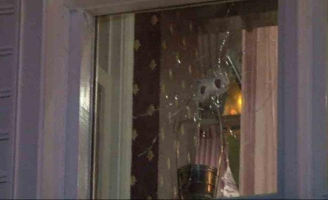 Bebek'te lüks kafeye silahlı saldırı