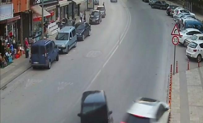 Denizli'de yaşanan trafik kazaları kamerada