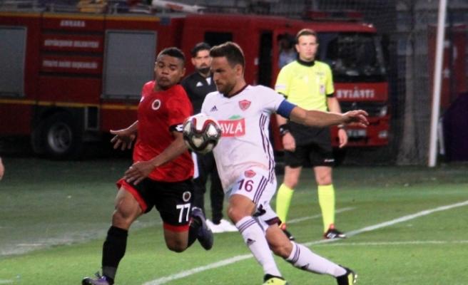 Gençler Hatay'ı tek golle geçti