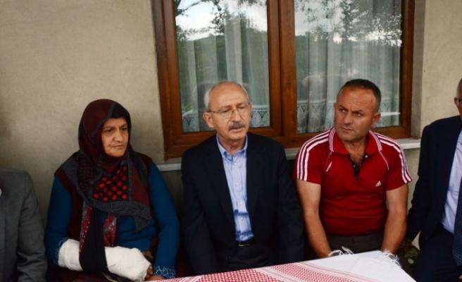 Heyelanda ölen vatandaşın ailesine taziye ziyareti