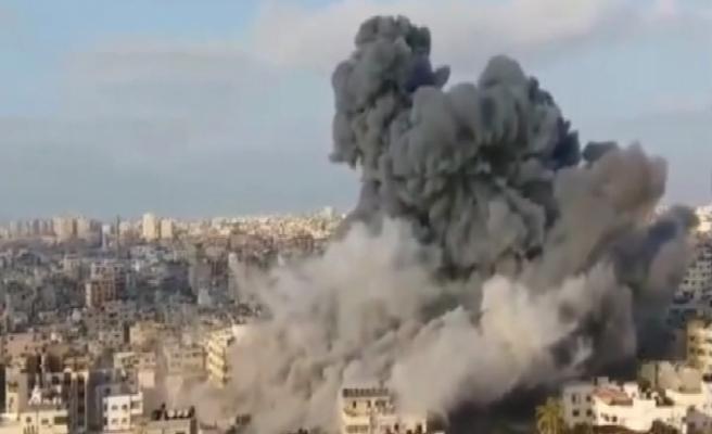 İsrail, Gazze şehir merkezini bombalıyor