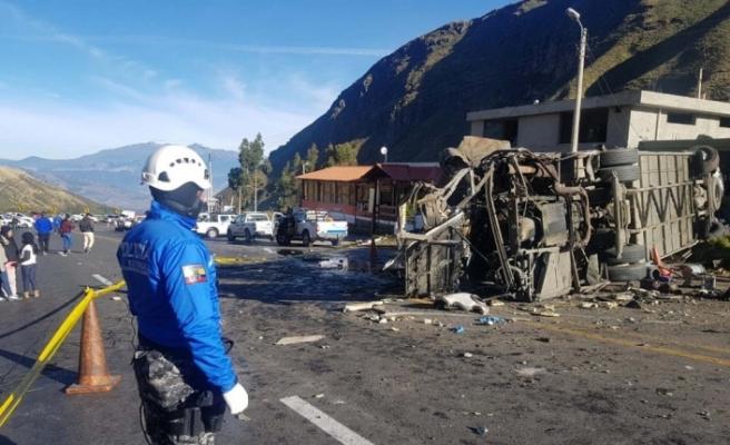 Katliam gibi kaza: 23 ölü, 14 yaralı