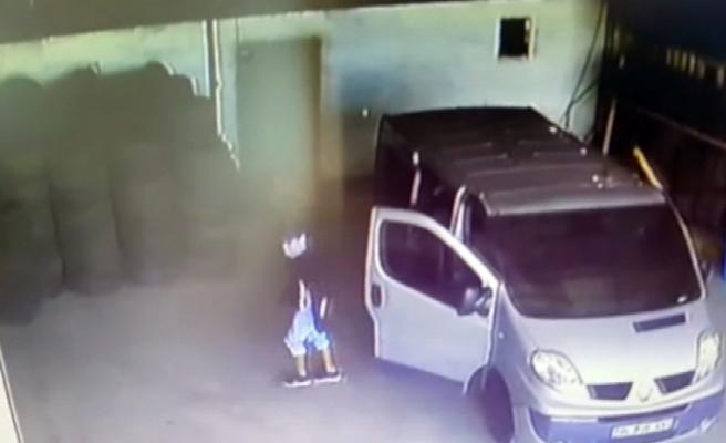 Maskeli hırsızlar 20 bin TL'lik tır lastiklerini böyle çaldı