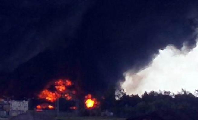 Pakistan'da madende patlama: 7 ölü