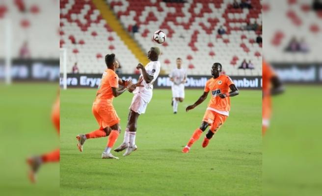 Sivas'ta ilk yarıda gol yok