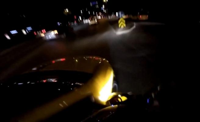 Taksi motosiklete böyle çarptı
