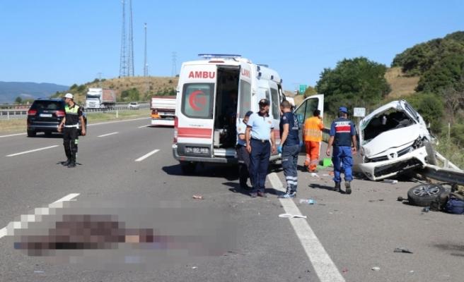 TEM Otoyolu'nda feci kaza: 2 ölü, 4 yaralı