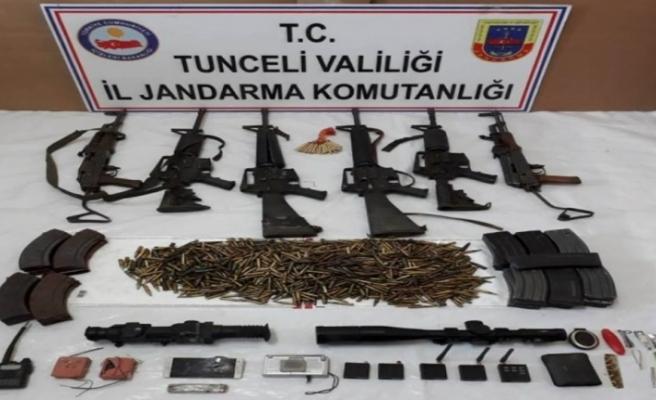 Teröristlerin silah ve mühimmatları da ele geçirildi