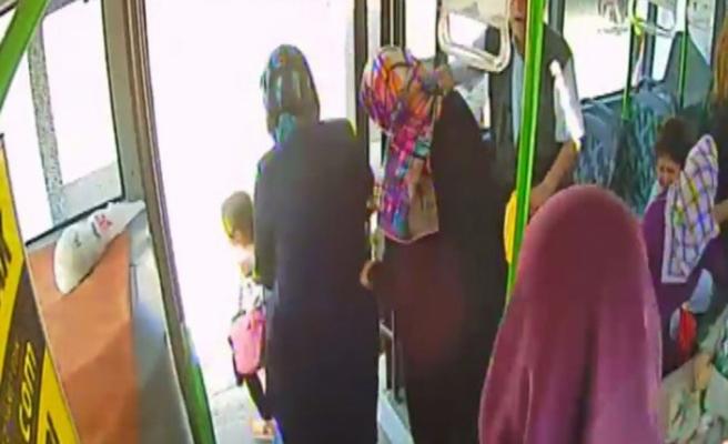 Yolcu otobüsüne taşlı sopalı saldırı