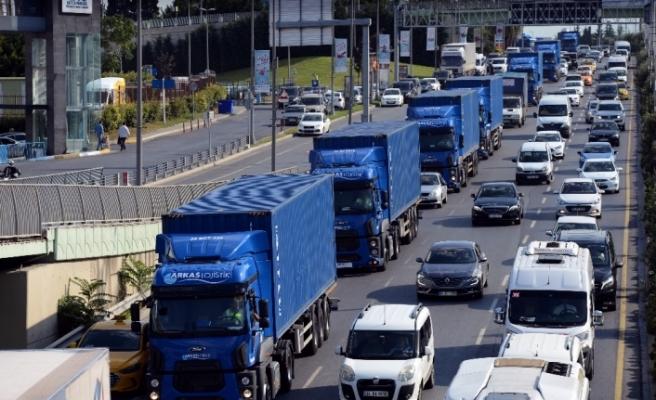 Atatürk Havalimanı taşınıyor: Tırlar yola çıktı