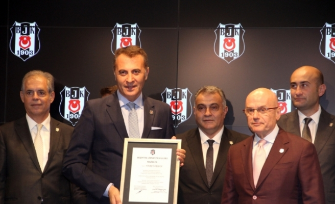 Beşiktaş'ta mazbatalar alındı