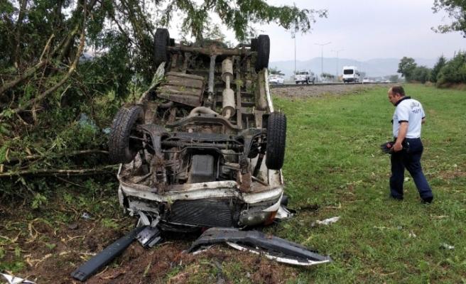 Eşiyle tartışırken kaza yaptı: 5 yaralı