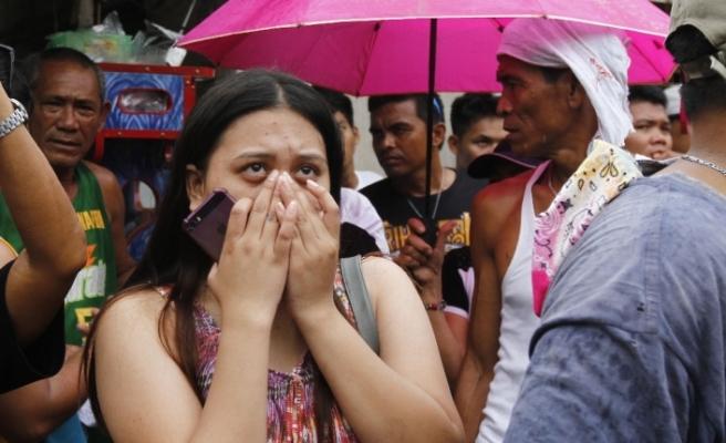 Filipinler'de facia: 5 ölü