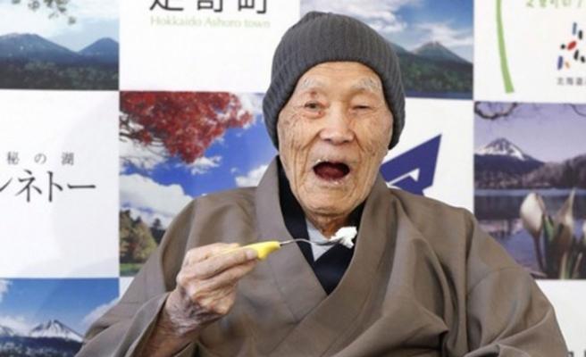 Japonya'da 100 yaş üzeri nüfus rekor kırdı