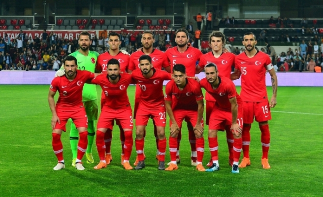 Milliler özel maçta Bosna Hersek'le karşılaşacak