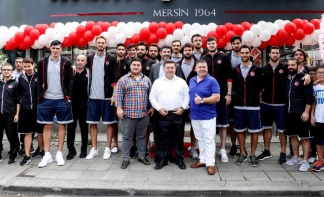 Ömer Onan'ın yeni tantuni restoranı açıldı