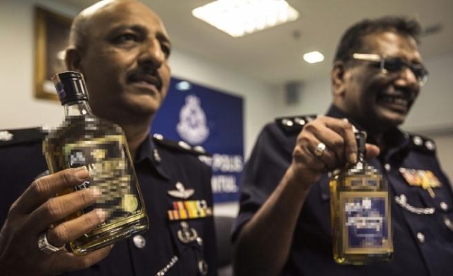 Sahte içkiden 19 kişi öldü