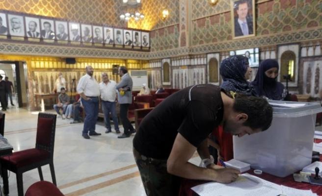 Suriye'de 7 yıl aradan sonra ilk kez yerel seçim
