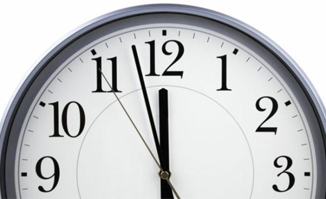 AB'de yaz-kış saati tartışması