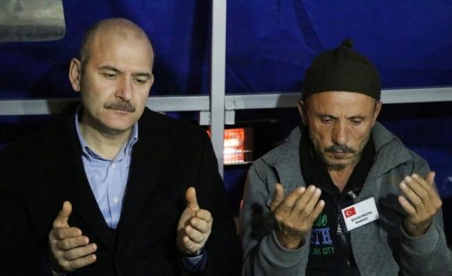 Bakan Soylu'dan şehit Türkel'in ailesine ziyaret