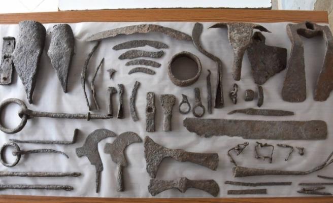 Çanakkale'de bin 500 yıllık tarım aletleri bulundu