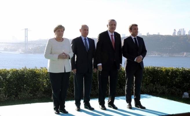 Dörtlü Suriye Zirvesi öncesi aile fotoğrafı çektirdi
