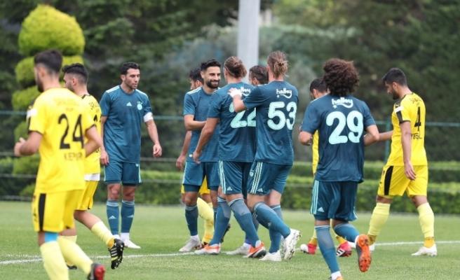 Fenerbahçe İstanbulspor'u 3-0 yendi