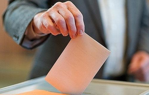Gürcüler cumhurbaşkanını seçmek için sandık başında