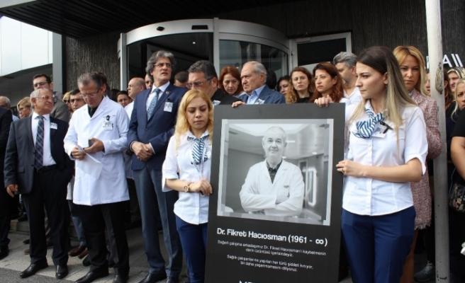 Hastası tarafından öldürülen doktor için tören