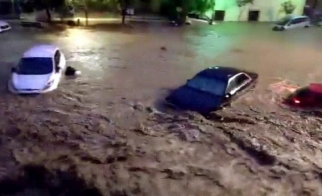 İspanya'da sel felaketi: 5 ölü