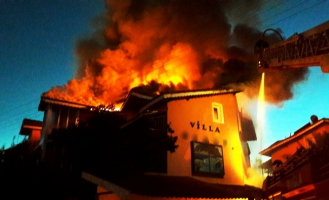 Ortaca'da otel yangını