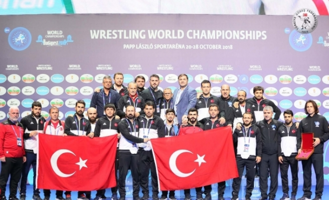 Türkiye minderde dünya üçüncüsü