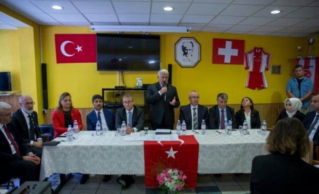 Yıldırım Lozan Türk Birliği üyeleriyle buluştu