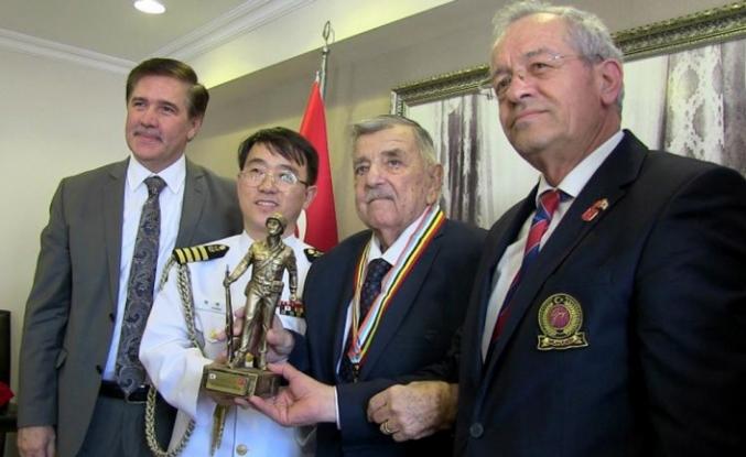 Kore gazisine 68 yıl sonra madalya
