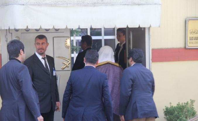 Suudi Başsavcı konsolosluktan ayrıldı